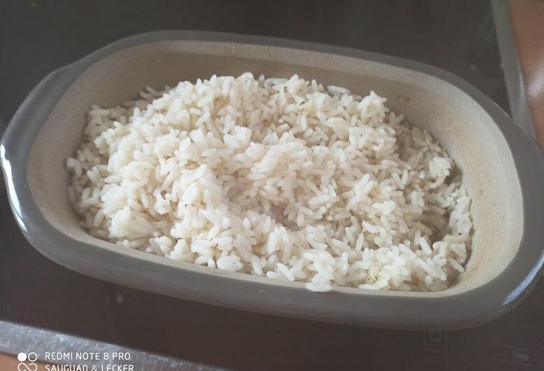 Reis aus der Stoneware