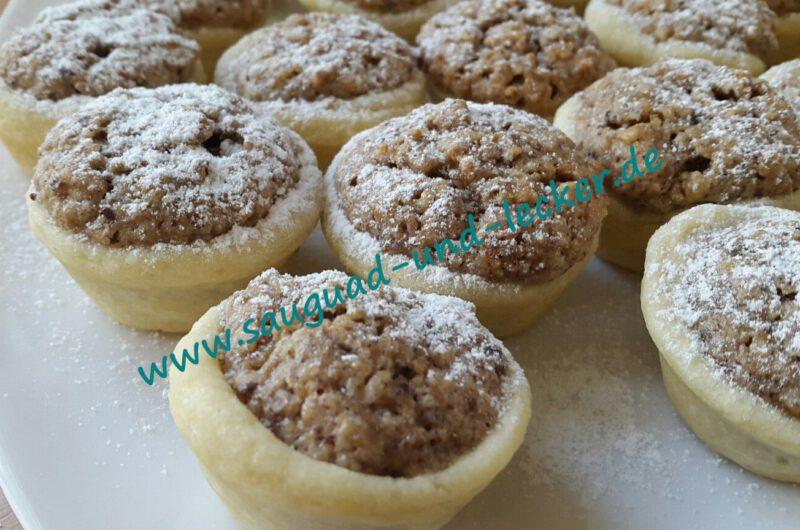Nussküchlein aus der Mini-Muffinform