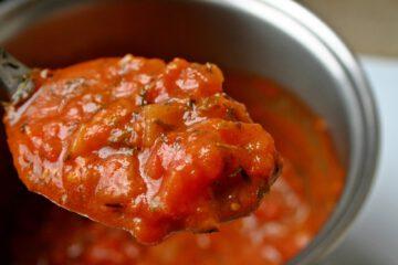 Tomatensoße auf Vorrat